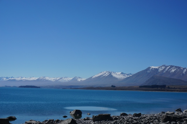 Lunch at Lake Tekapo